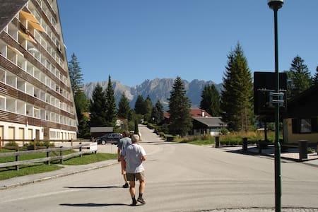 Krásné Alpy - Lakás