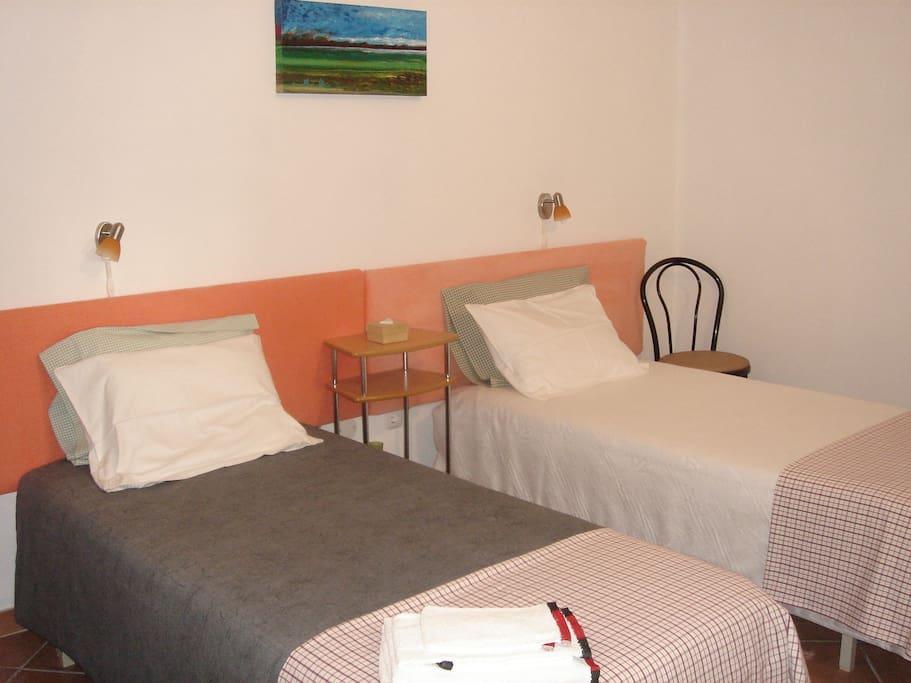 Bedroom B - suite