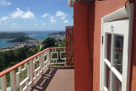 Tiny Room at Boutique Hotel - Charlotte Amalie - Bed & Breakfast