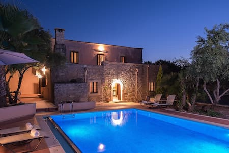 The Quintessential Cretan Villa - Villa