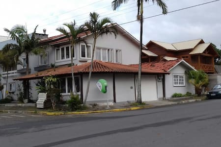 Casa de Veraneio na Praia da Vila - Imbituba
