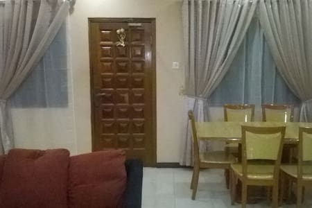 4-bedroom fully furnished house for renting - Huis