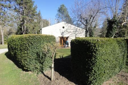 L'Esquibat - House