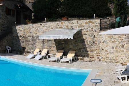 Il Castelletto - Rustic Tuscan Home - Casa