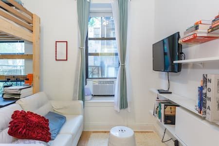 Charming studio in Gramercy
