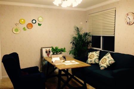 临近西湖、西溪的文艺寓居~加入Airbnb一周年,优惠中^_^