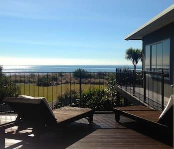 Beach and Golf on your doorstep! - Pohara
