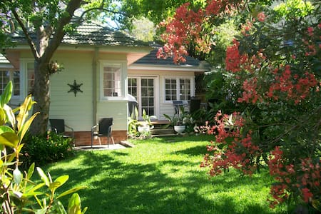 Manly Sunshine Cottage - Manly Vale - Talo