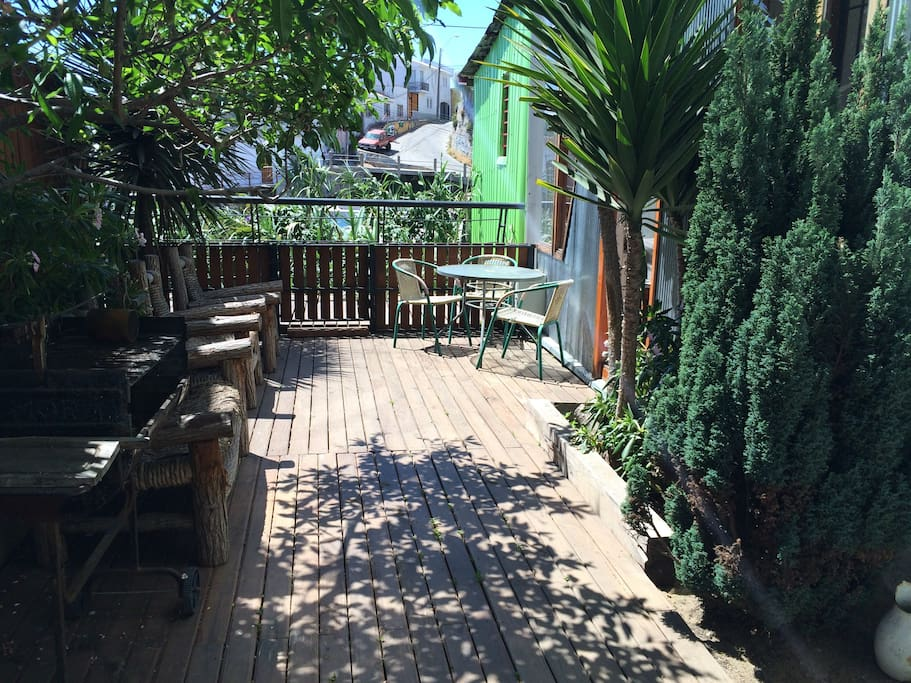 Garden with sun deck and barbecue for outside dining
