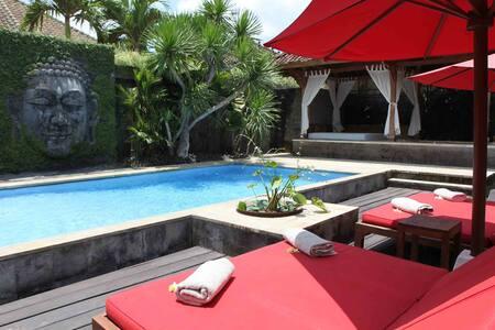 Luxury 4BR villa 5min to Seminyak