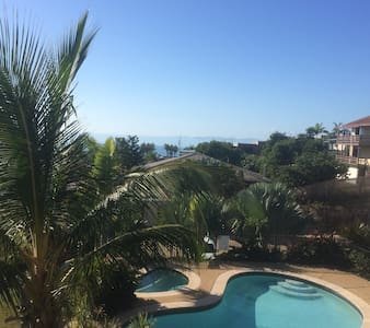 Bedroom, Beautiful views, beach location - Yeppoon - Apartment