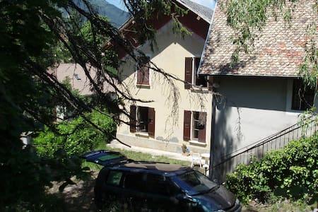 Maison de campagne ancienne - Clelles