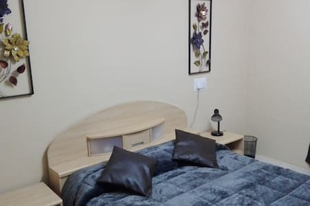 Very Luxurious  Flatlet/Room - Iż-Żurrieq