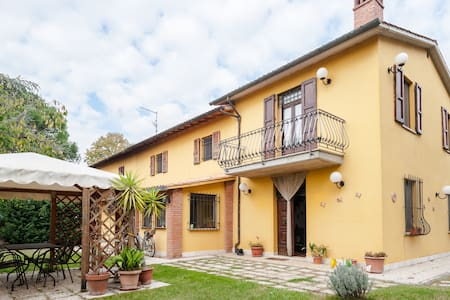 appartamento con grande giardino - Wohnung