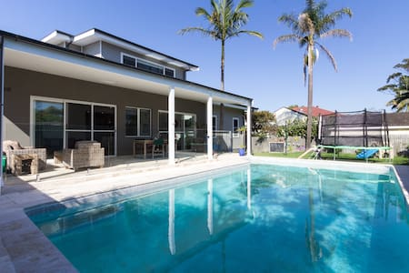 Large North Manly home with pool