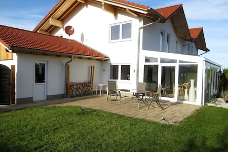 Ferienhaus Astara - Huis