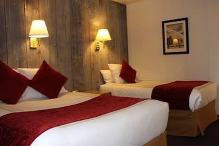 St Moritz Lodge / Standard Room #1 - Other