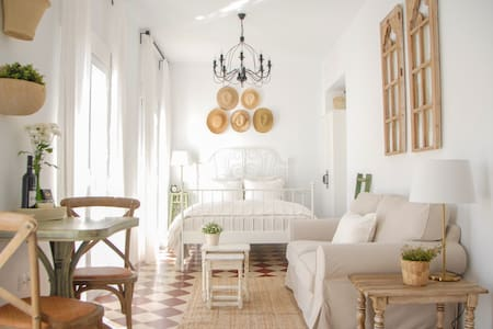 Historic Pueblo Home - Sea Views & Large Terrace - Mijas - Appartement