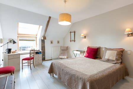 chambre privée en chambre d'hôte - Bed & Breakfast