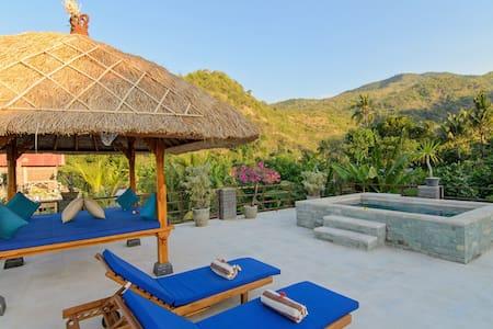 Villa Adi Roof Top Pool