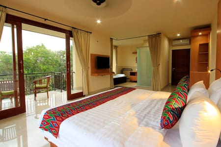 Bucu View Ubud Bali Located at hearting area Jl. Bisma Ubud have spectacular view with naturalistic view and also nearby to ubud town it just 10 minutes walking distance. Spectacular view will great of guest upon arriving at Bucu View.