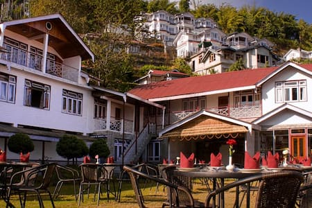 Norbu Ghang Resort - Deluxe Rooms - Pelling