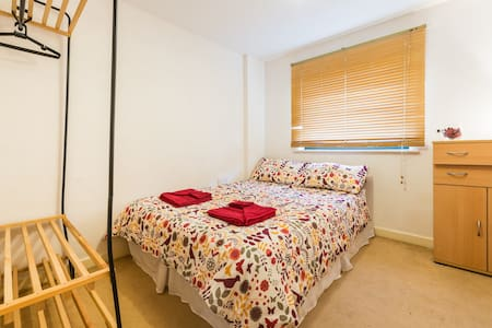 Dbl room in the ♥  of East London - Londra - Appartamento