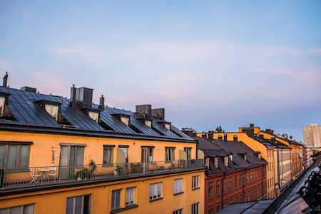 Lux penthouse stay: shopping, nightlife & old town - Stockholm - Apartment