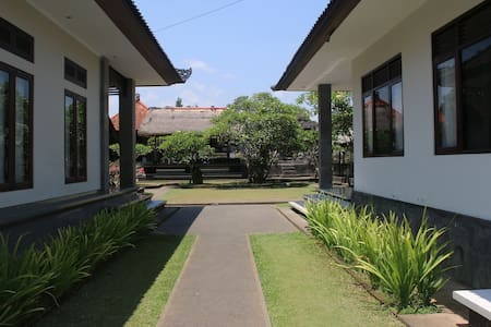 Vinaya Home Stay