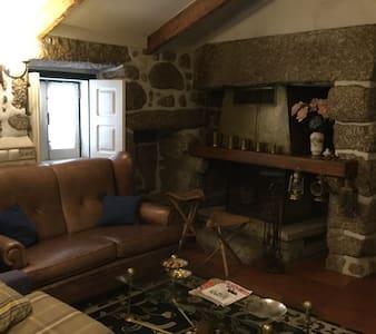 Uma casinha rústica e aconchegante - Casa