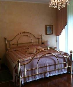 Villa d'Autore - Romantic - Belmonte - Bed & Breakfast