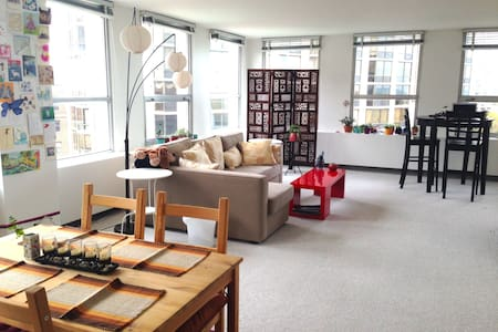 Bright bed + bath in the city!