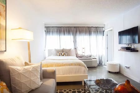 DOWNTOWN LA 6 BEDs LOS ANGELES CITY VIEW POOL VIP* - Wohnung