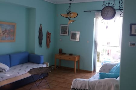Cozy Apartment, Center Platamon. - Apartment