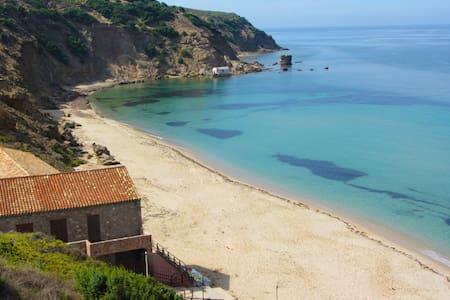 Appartamento a pochi gradini dalla spiaggia - Gonnesa