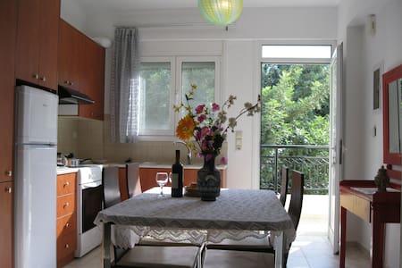 Cosy Appartments in Stalis,Crete2 - Apartemen