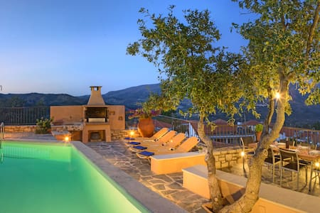 Villa Idi: pure relaxation in the heart of Crete - Amari