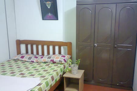 Room type: Private room Bed type: Real Bed Property type: Other Accommodates: 2 Bedrooms: 1 Bathrooms: 0