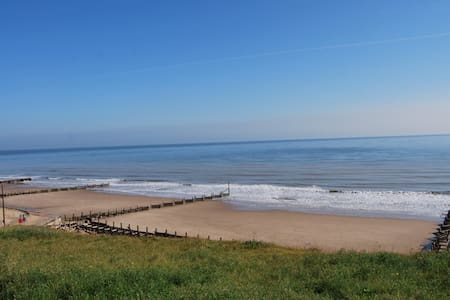 Luxury! 5 mins beach, dog friendly. - Rumah