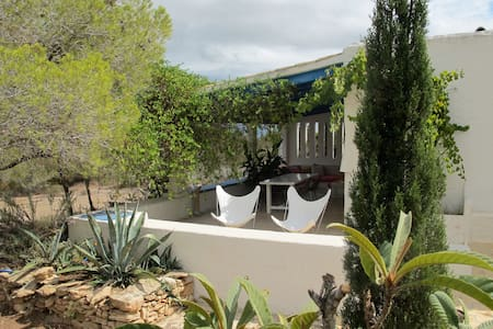 BEAUTIFUL PROPERTY IN PORTO SALER  - Formentera - Villa