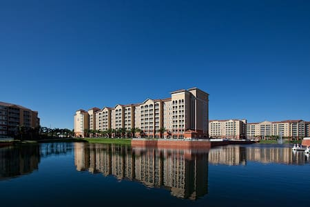 ORLANDO      stay at a luxury condo - Flat
