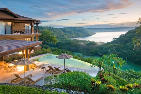 Luxury Living at Peninsula Papagayo - Appartement
