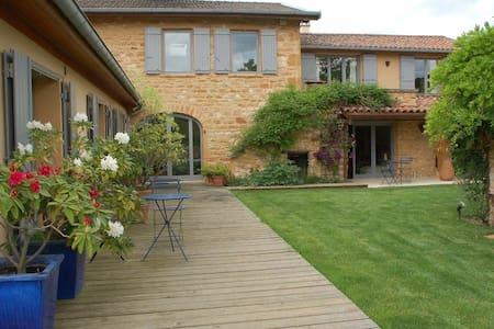 Beaujolais Golden stone Farmhouse near Lyon - House