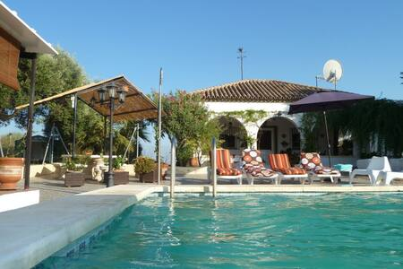 Villa near Seville, Andalusia - La Puebla de Cazalla