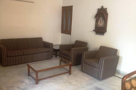 1 BHK in New Delhi, India,  - Maison