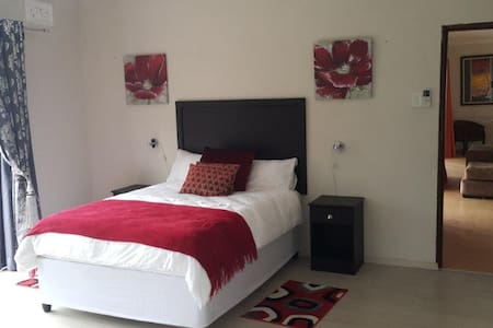 RELAX INN STANGER. Cosy B&B. - Bed & Breakfast