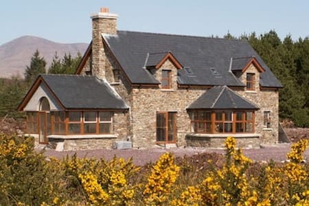 Ring of Kerry Cottage Sneem - 4 Bed - Rumah