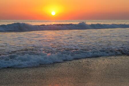 Oceanfront Tropical Beach Resort - Barra de Santiago - Huis