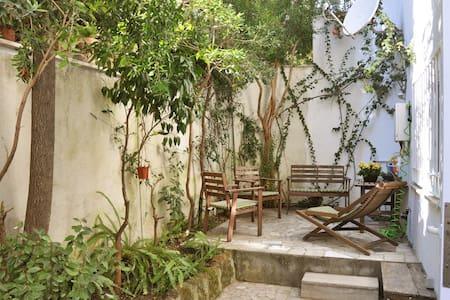 casa di Claudia with garden