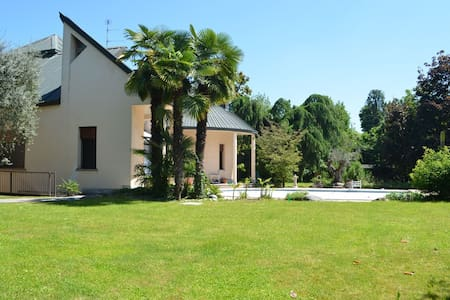B&B Villa Olivares - Bed & Breakfast